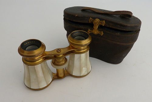 Opera binoculars with box