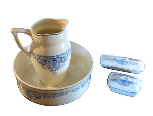Ceramic wash set 19th