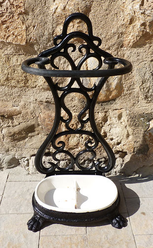 Iron umbrella stand with enamel base