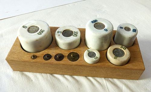Ceramic weights set