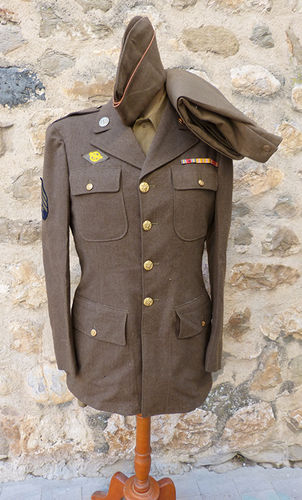 Uniform soldier USA WWII
