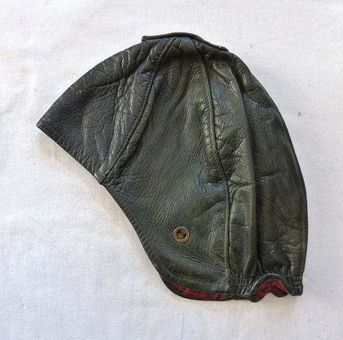 Motorbike leather cap