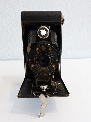 Folding camera Kodak nr. 2 Autographic Brownie