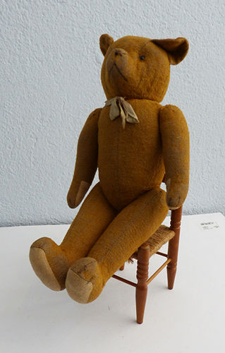 Twenties teddy bear