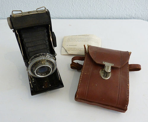 Kinax Senior Paris Kinn folding camera