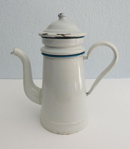 Enamelled metal coffee maker