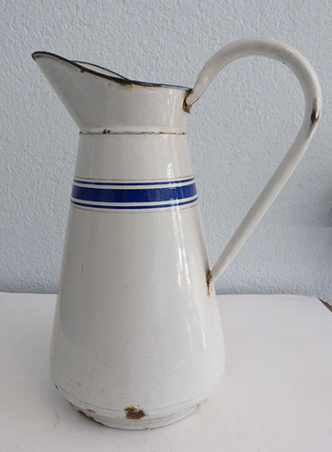 Large enameled jug