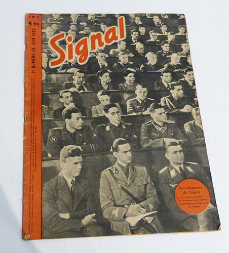Several issues of the magazine Signal